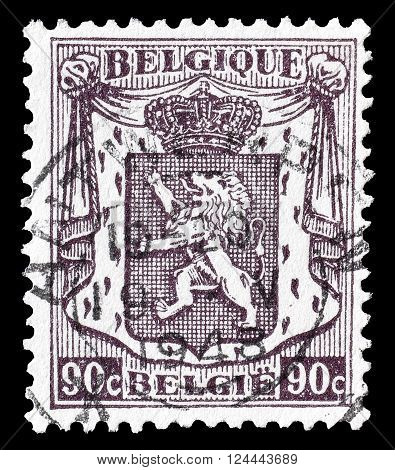 BELGIUM - CIRCA 1946 : Cancelled postage stamp printed by Belgium, that shows coat of arms.