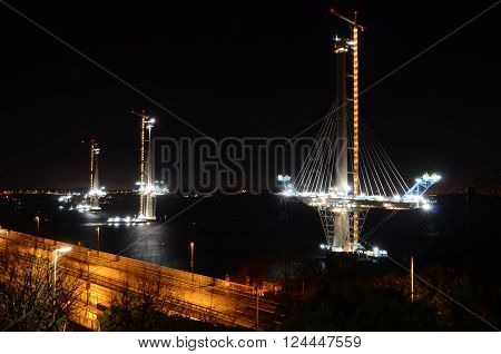 A night time view of the construction of the new Forth road bridge