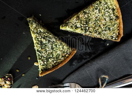 wholegrain tart with potato and spinach
