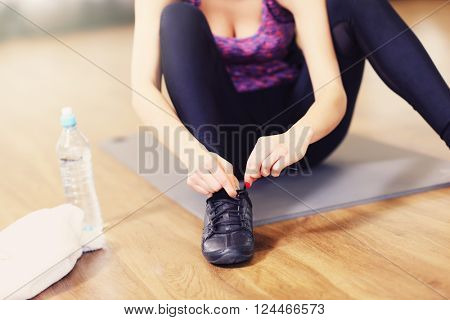 Picture of fit woman getting ready for aerobics