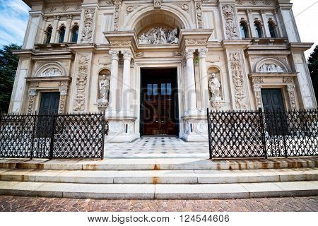 Heritage  Architecture In Italy Europe       And Sunlight