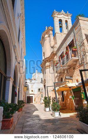 Alleyway of Polignano a mare. Puglia. Italy