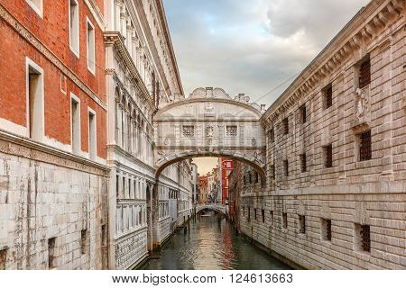 Bridge of Sighs or Ponte dei Sospiri in cloudy day, Venice, Italy