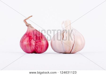 Shallots (Red Onion) and Garlics are a food and herbal