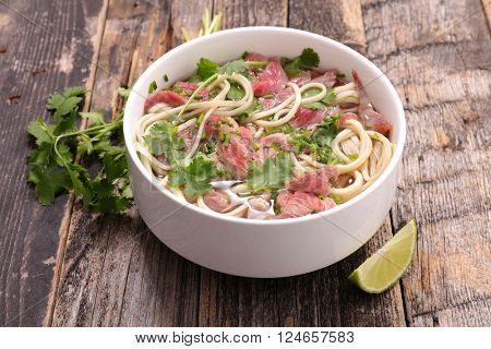 beef pho, noodle and spices