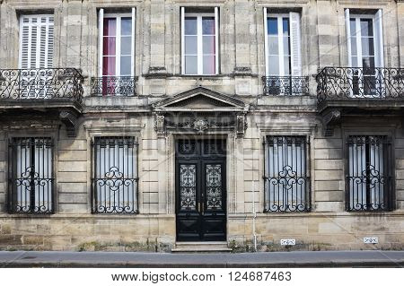 BORDEAUX FRANCE - MAY 06 2015: Old house in Bordeaux. Bordeaux is a port city on the Garonne river in southwestern France