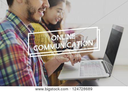 Online Communication Chat Conversation Global Concept