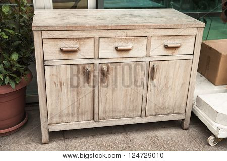 Standard Old Wooden Chest Of Drawers