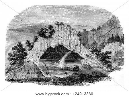 Mountain's profile is dull intermittent fountain Fonsanche Gard, vintage engraved illustration. Magasin Pittoresque 1847.