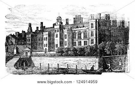 Old Somerset House (Former Somerset Palace), vintage engraved illustration. Colorful History of England, 1837.
