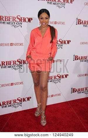 LOS ANGELES - APR 6:  Wendy Raquel Robinson at the Barbershop - The Next Cut Premiere at the TCL Chinese Theater on April 6, 2016 in Los Angeles, CA