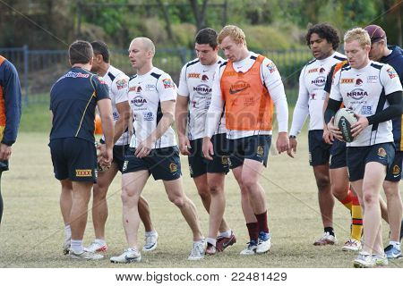 DARREN LOCKYER and Team Mates