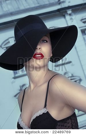 Fashion Shot With Young Girl In Hat