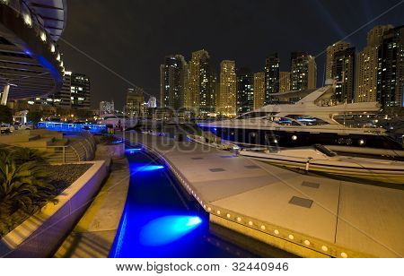 Night City, Dubai