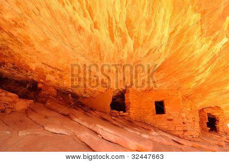 Cliff Ruins