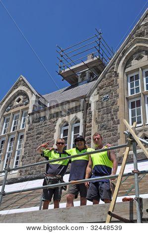 Terremoto de Christchurch - constructores reparación dañó edificios histórico Colegio de Cristo.