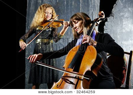?ello And Violin Musicians