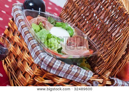 Pic-nic Basket