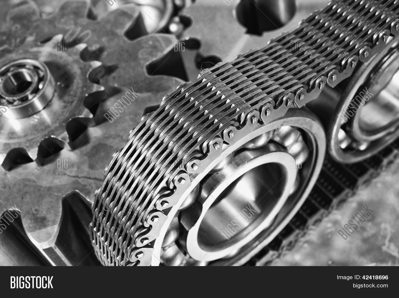 titane et acier roulements billes et engrenages entra n s par cha ne de distribution photos. Black Bedroom Furniture Sets. Home Design Ideas