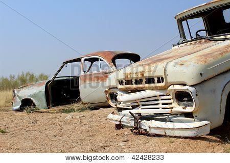 alte und rostige Autounfall auf der letzte Gaz-Bahnhof vor der Namib-Wüste