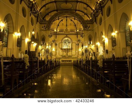 BANGKOK-NOV 21: Interior Of Holy Rosary Church, Also Called Kalawar Church, In Bangkok Thailand