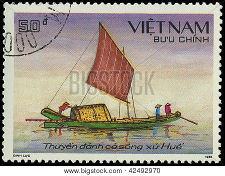 Vietnam - Circa 1988: A Stamp Printed By Vietnam Shows Image Of A Sailing Ship, Series, Circa 1988