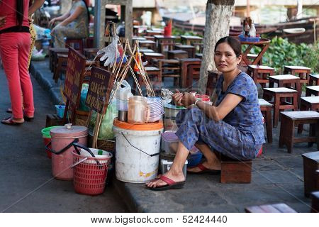 Food vendor at vietnam