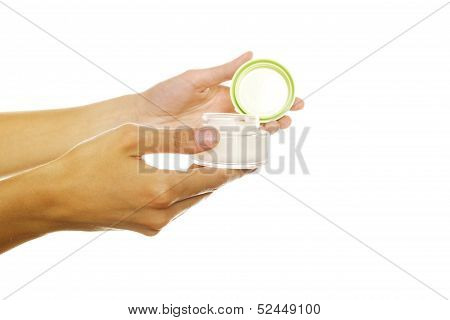 Bank Of The Cream Into Women Hands