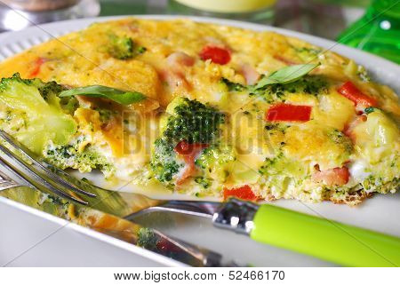 Frittata With Broccoli,ham And Red Pepper