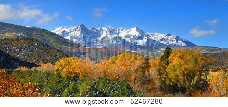 Panoramic view of Gunnison national forest in autumn