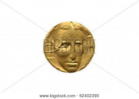 Nikola Tesla gold medallion