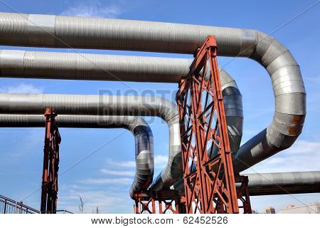 Overground Network Pipeline Of Heat