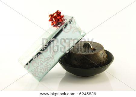 Christmas Pudding And Gift