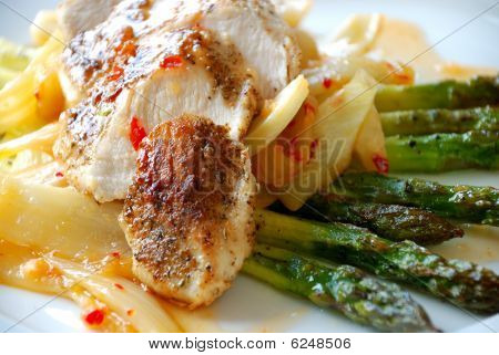Chicken fillet with asparagus