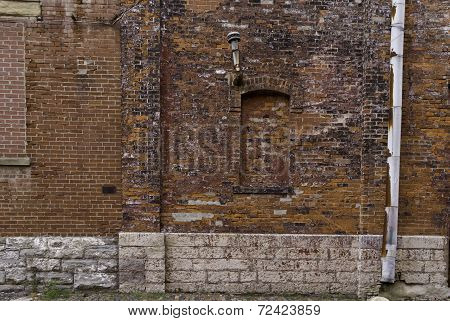 Red Brick Decay