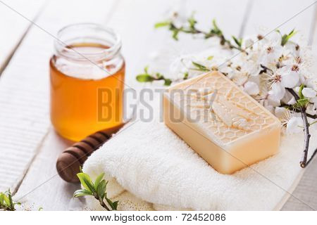Honey Spa.
