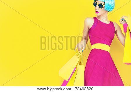 Let's go shopping!Glamorous fashion lady