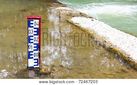 Water Level Indicator Dam