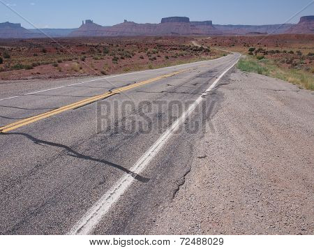 Highway through the desert
