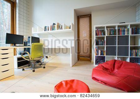 Modern Study Room