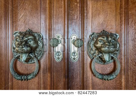 Vintage Handles For Doors. With A Picture Of A Lion.