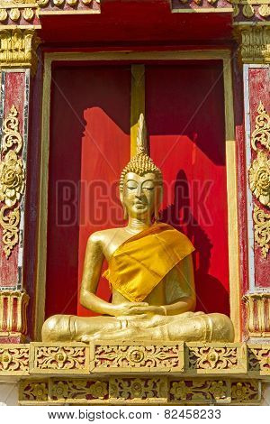 Gilded Sculpture Buddha Sit