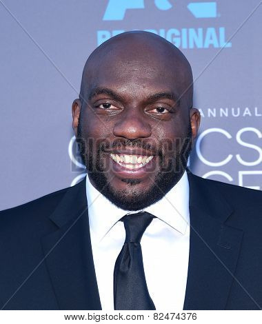 LOS ANGELES - JAN 16:  Omar J Dorsey arrives to the Critics' Choice Awards 2015  on January 16, 2015 in Hollywood, CA