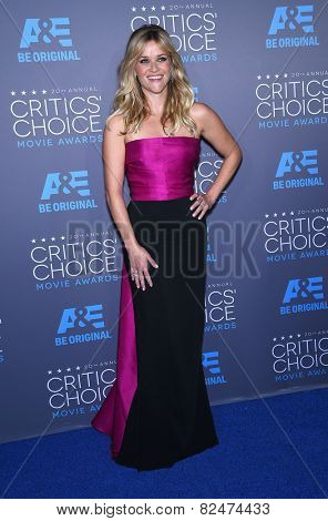 LOS ANGELES - JAN 16:  Reese Witherspoon arrives to the Critics' Choice Awards 2015  on January 16, 2015 in Hollywood, CA
