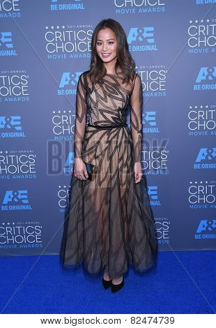 LOS ANGELES - JAN 16:  Jamie Chung arrives to the Critics' Choice Awards 2015  on January 16, 2015 in Hollywood, CA