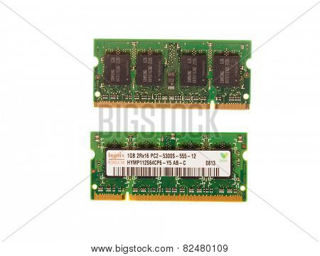 Hayward, CA - August 11, 2014: 1GB memory stick of Hynix PC2 -5300- 555Mhz laptop DRAM - illustrative editorial