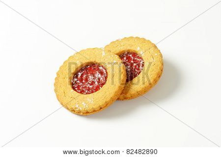 Shortbread cookies filled with red currant preserve called Linzer Eyes