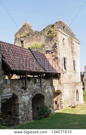 Destination medieval castle ruin Schaunburg in Austria