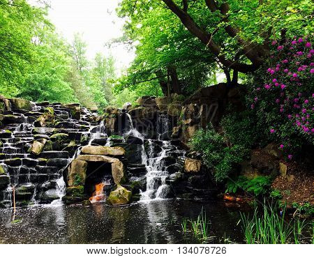 Virginia Water, Spring Waterfall -  Landscape, Water, Nature