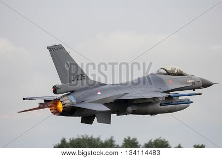 F-16 Afterburner Take Off